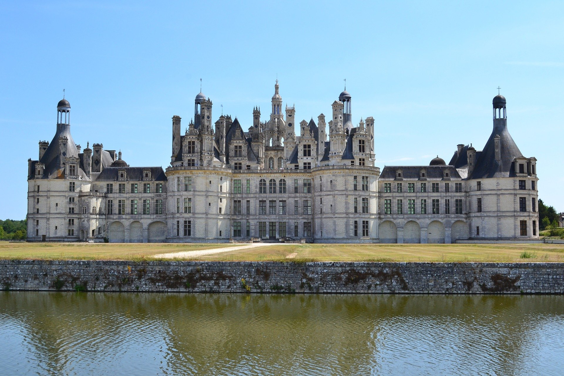 Day 1 : Arrival in the Loire Valley