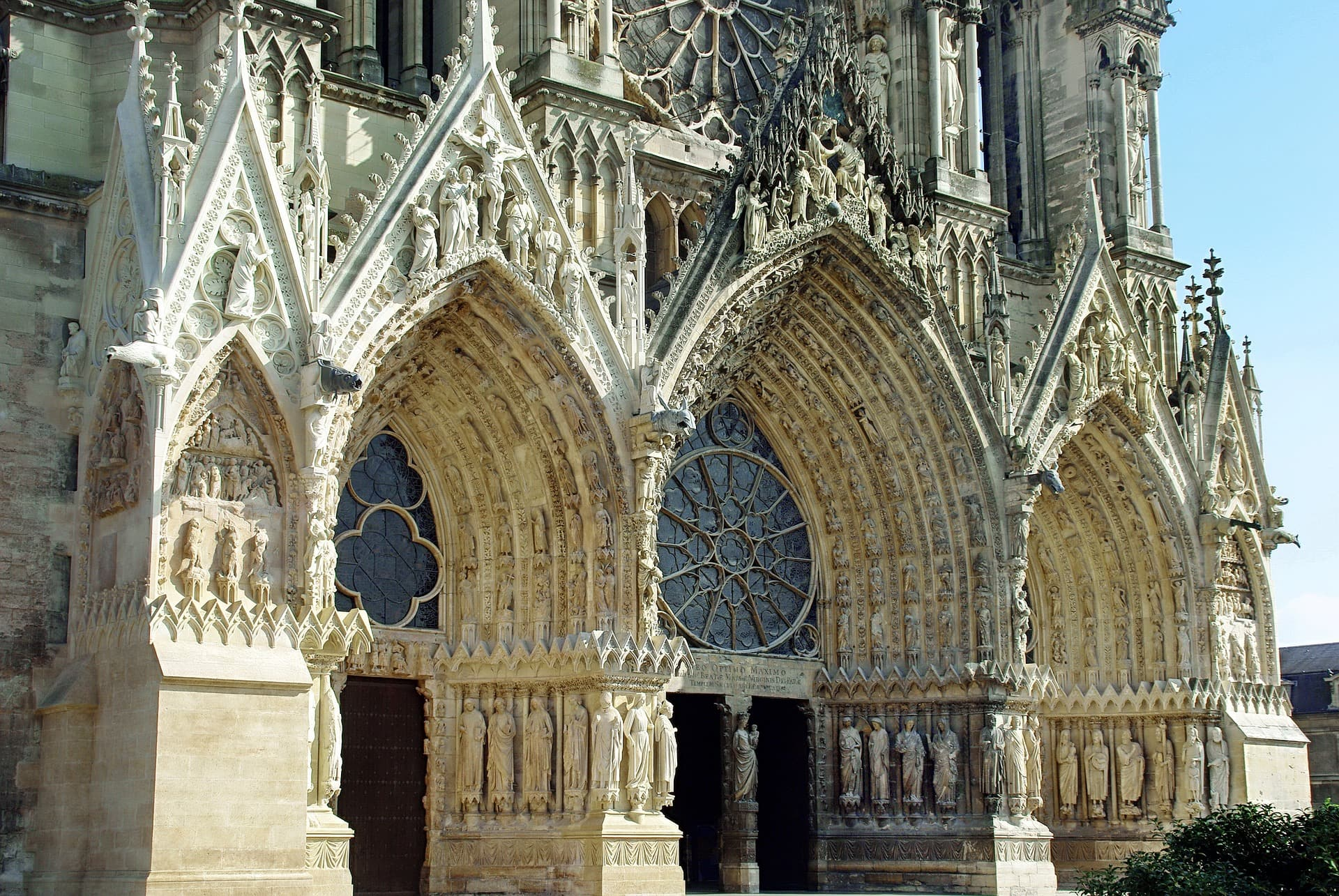 Day 2 - Reims, the capital of Champagn