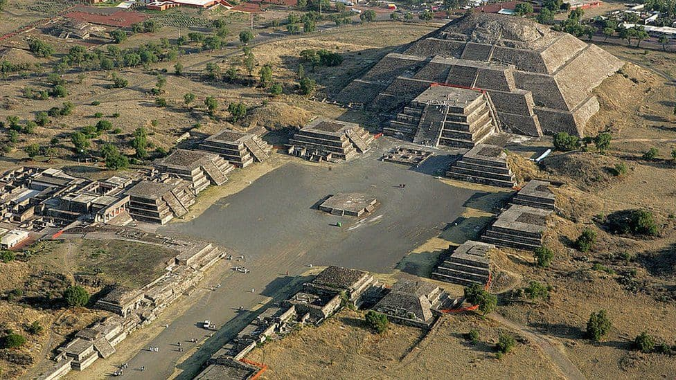 Day 1 - The pyramids of Teotihuacan